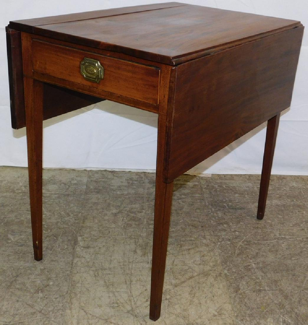 Mahogany drop leaf Pembroke table