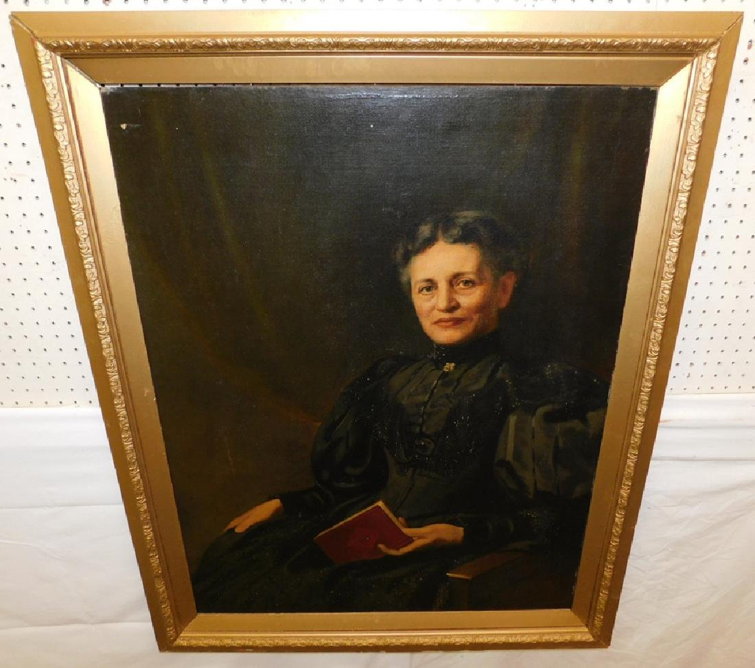 Portrait OOC of elderly lady