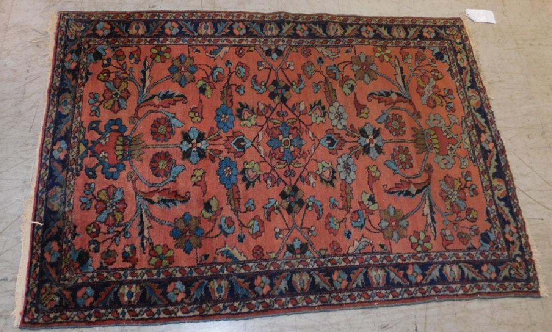 """5' x 3'5"""" Sarouk rug"""