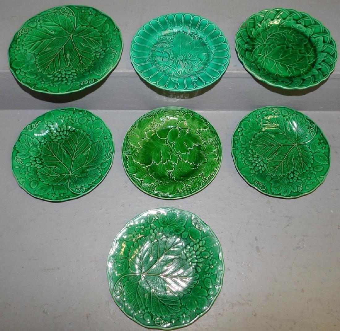 6 Majolica miscellaneous plates.