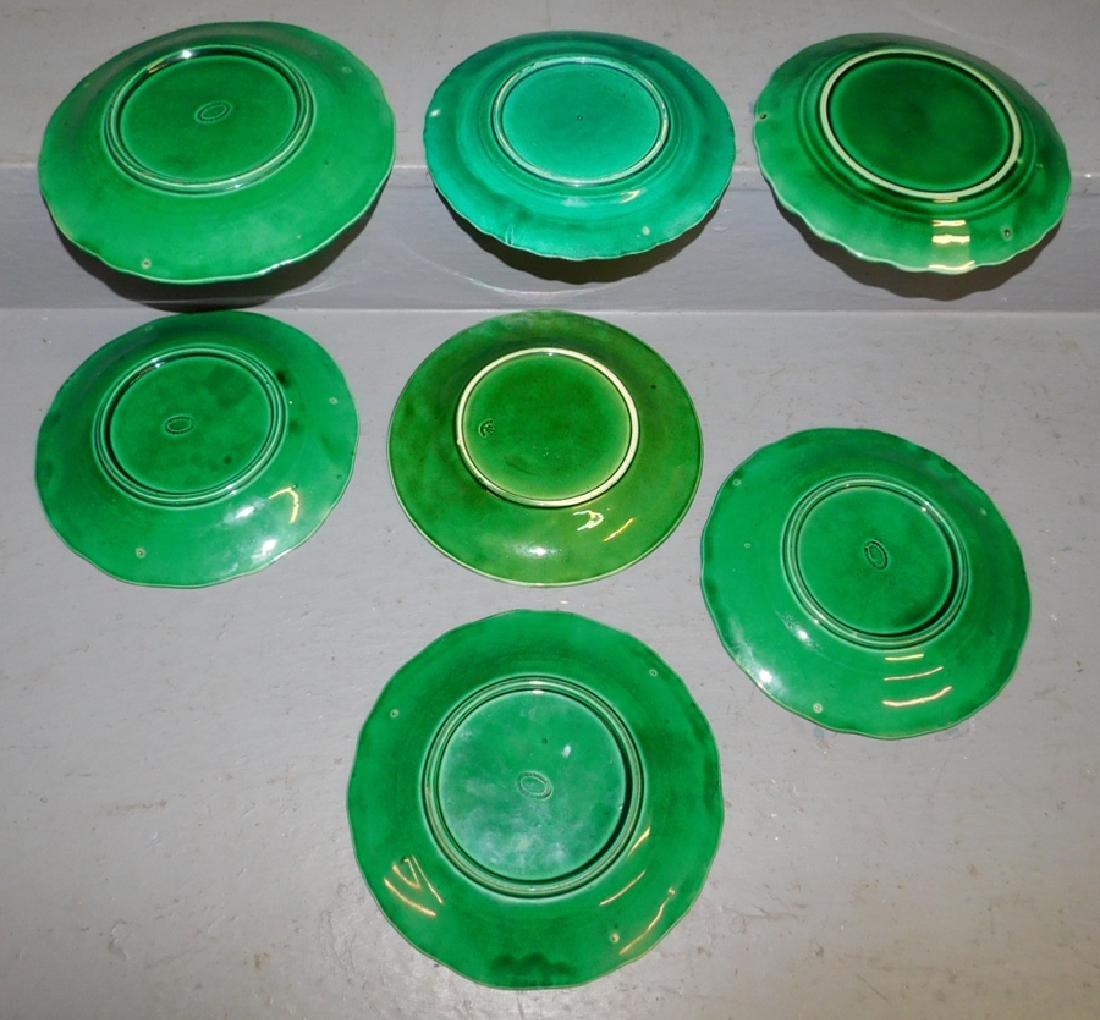 6 Majolica miscellaneous plates. - 2