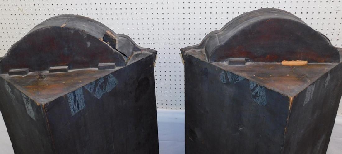 Pair of 19th C Queen Anne corner cupboards. - 3