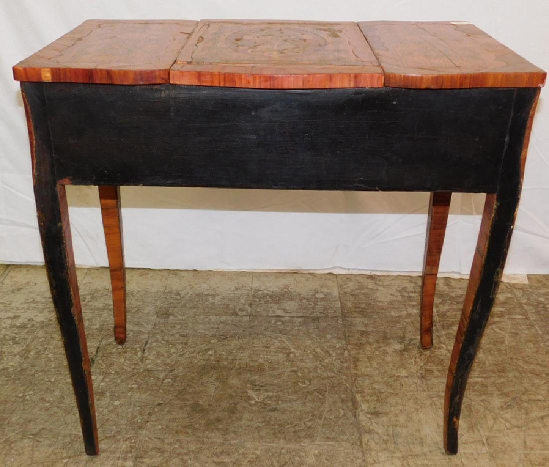 Marquetry inlaid French dressing table. - 4