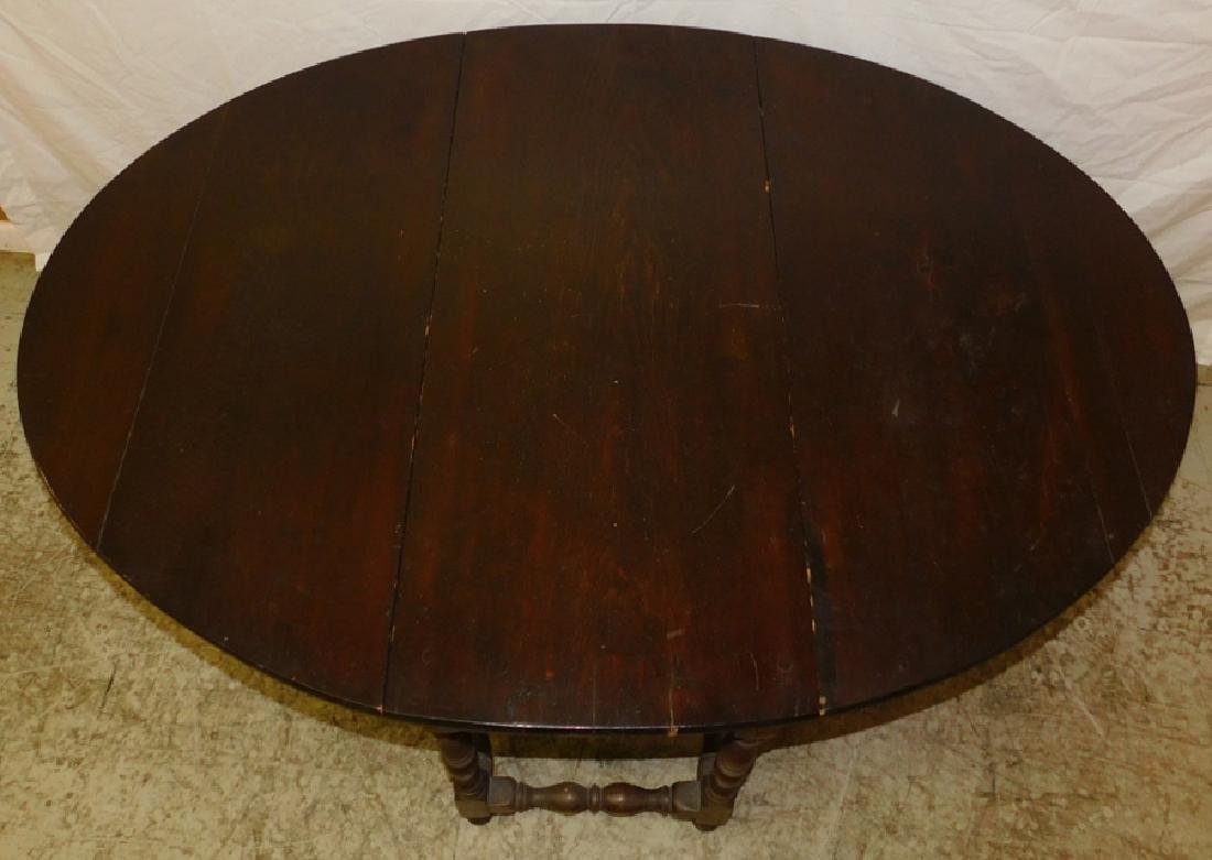 18th C NE Pine & Walnut Gate Leg Table - 3