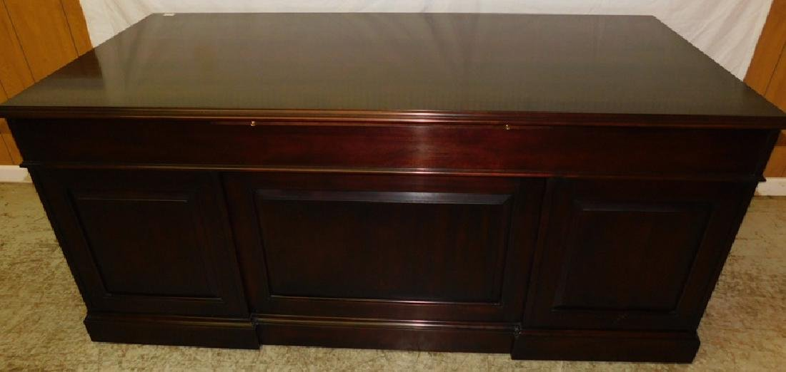 Cherry Executive Desk By Statton - 7