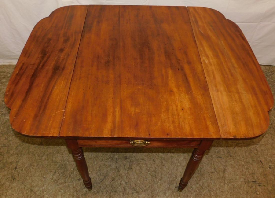 Period Sheraton mahogany Pembroke table - 4