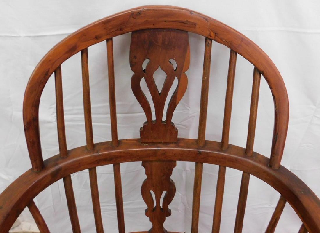 Antique Windsor arm chair - 2