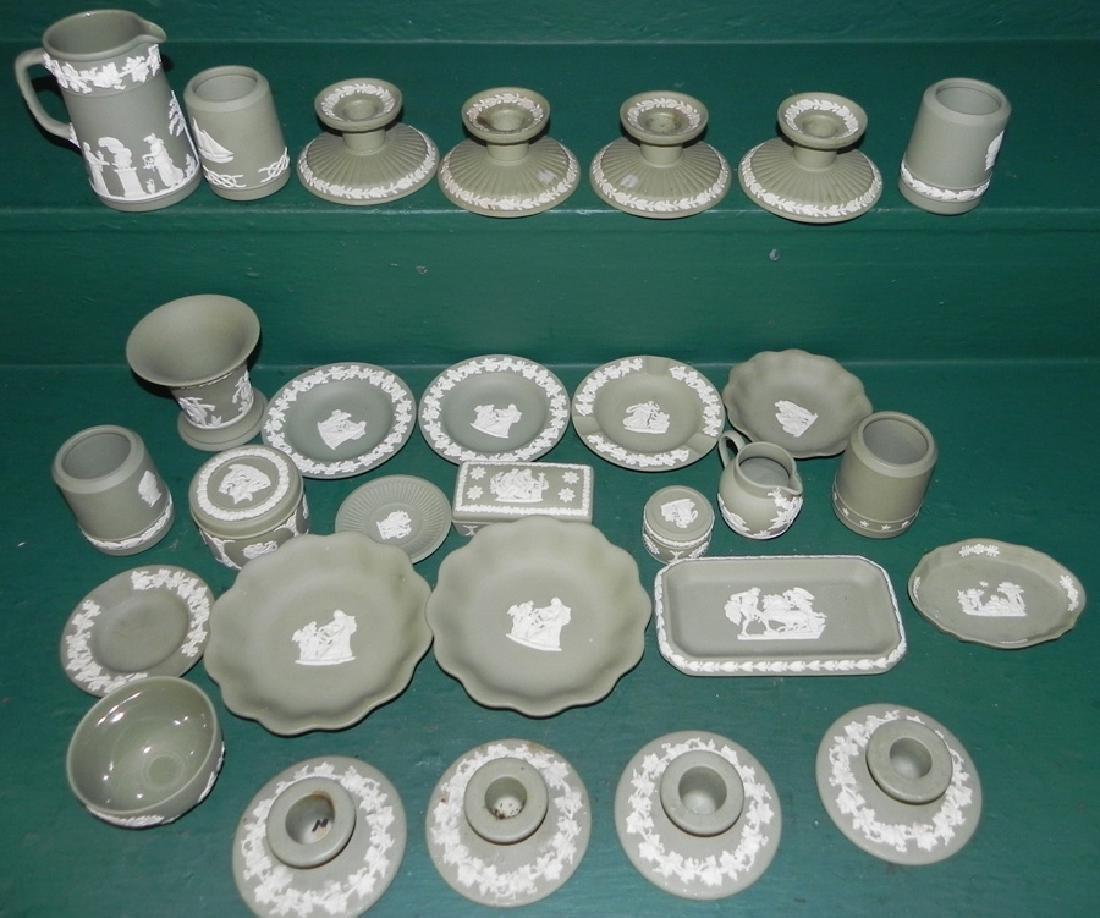 29 pieces of green Jasperware