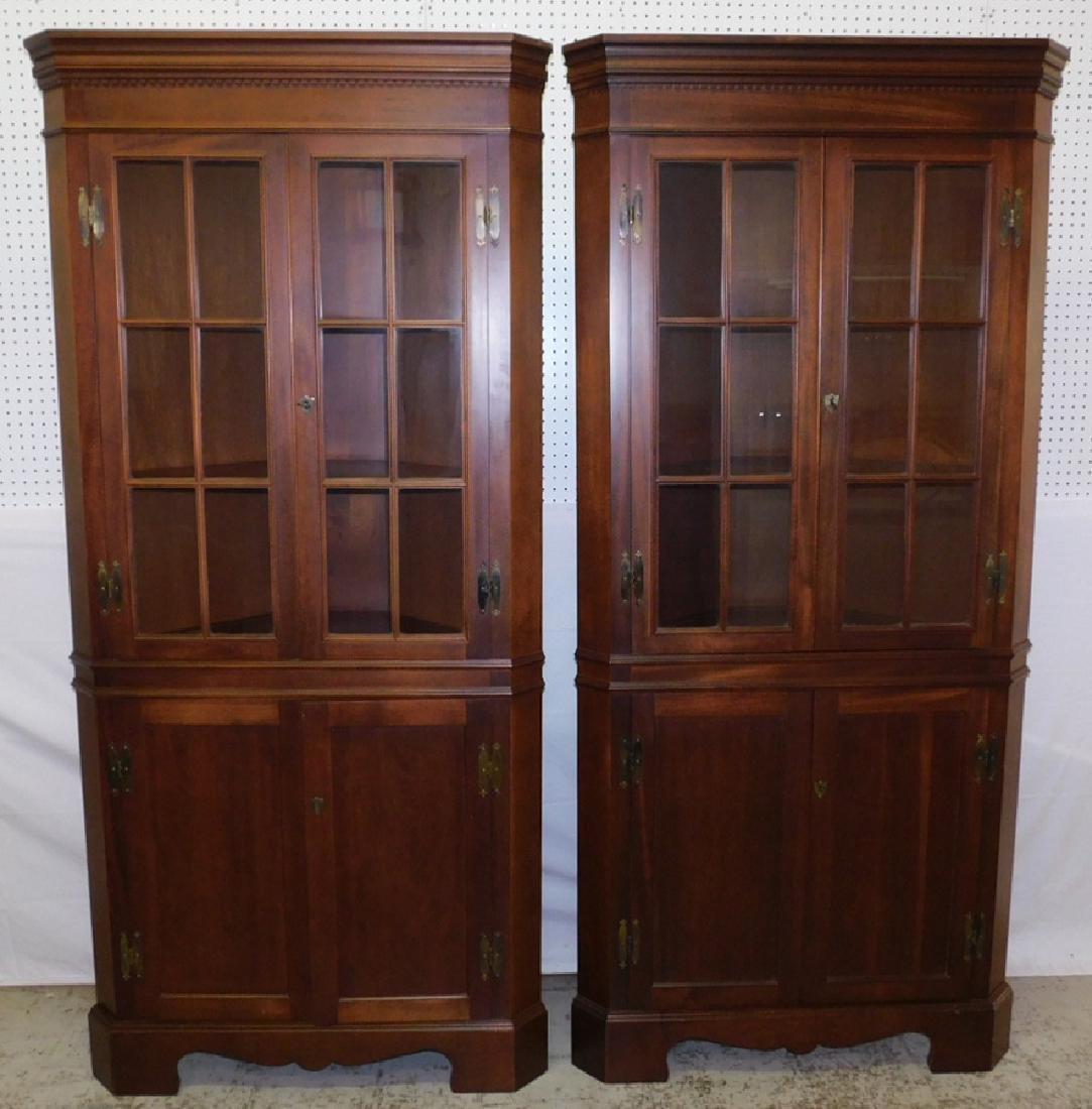 Pr Craftique gl front & mah corner cupboards