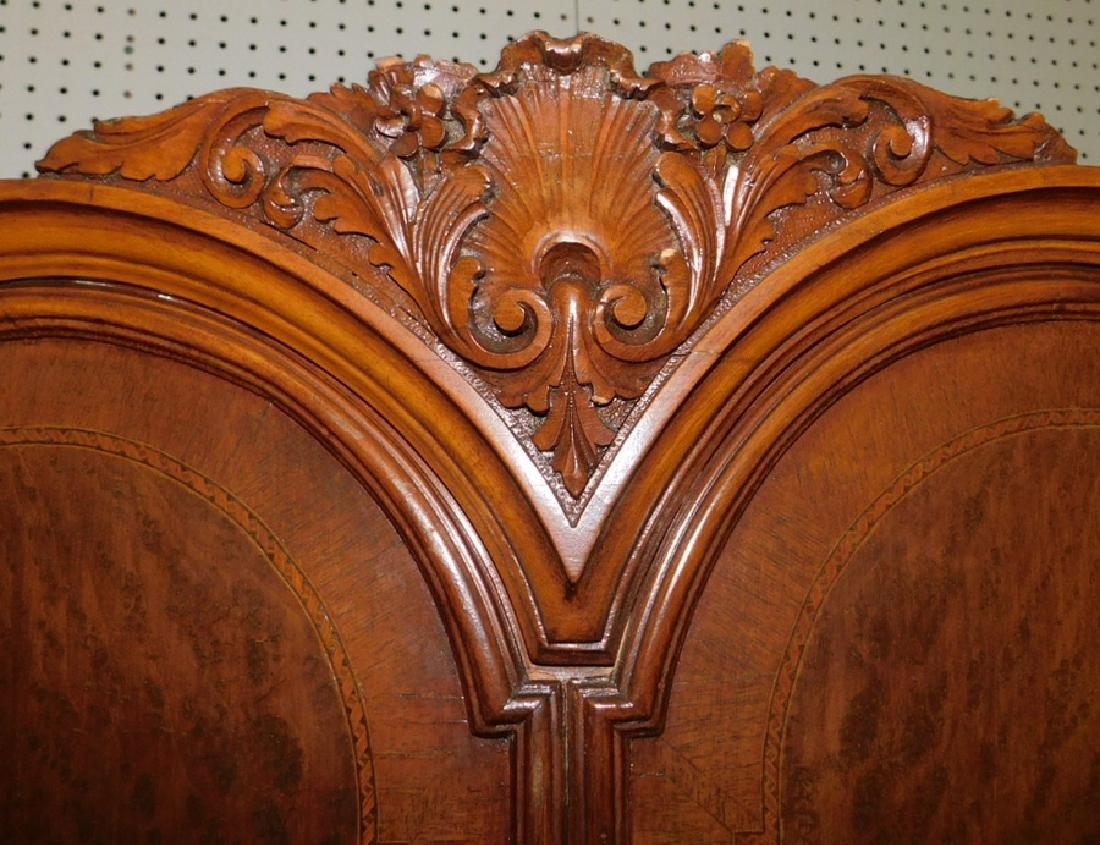 Bowfront plum pudding mahogany Fr cabinet - 3