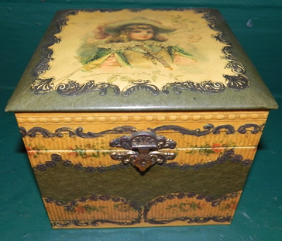 Painted collar box