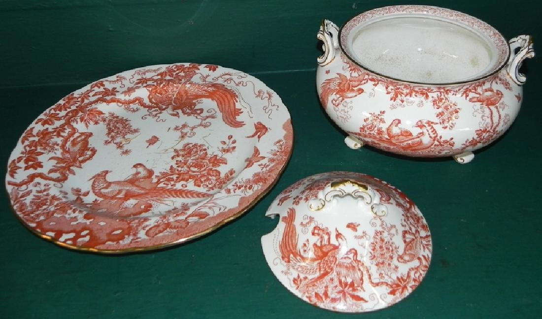 Royal Crown Derby tureen with underplate - 2