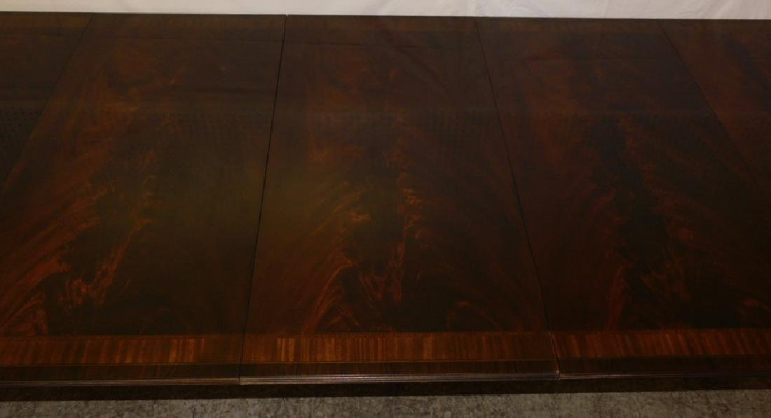 Inlaid mah 2 ped table w 3 leaves by Drexel - 4