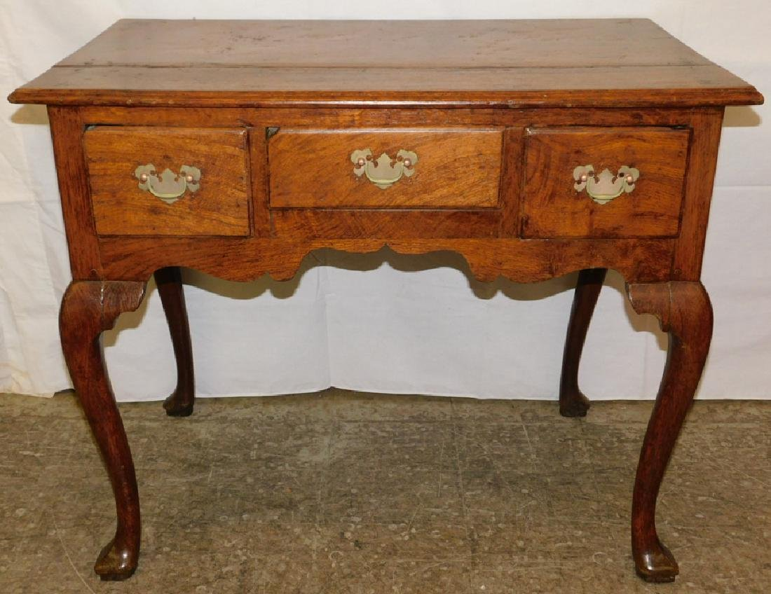 18th C English oak lowboy