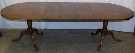 Mahogany Kittinger dbl pedestal dining table
