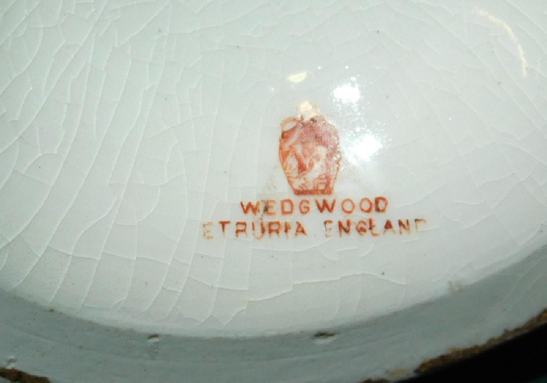 Wedgwood pitcher, porc bird, &  Belleek dish - 4