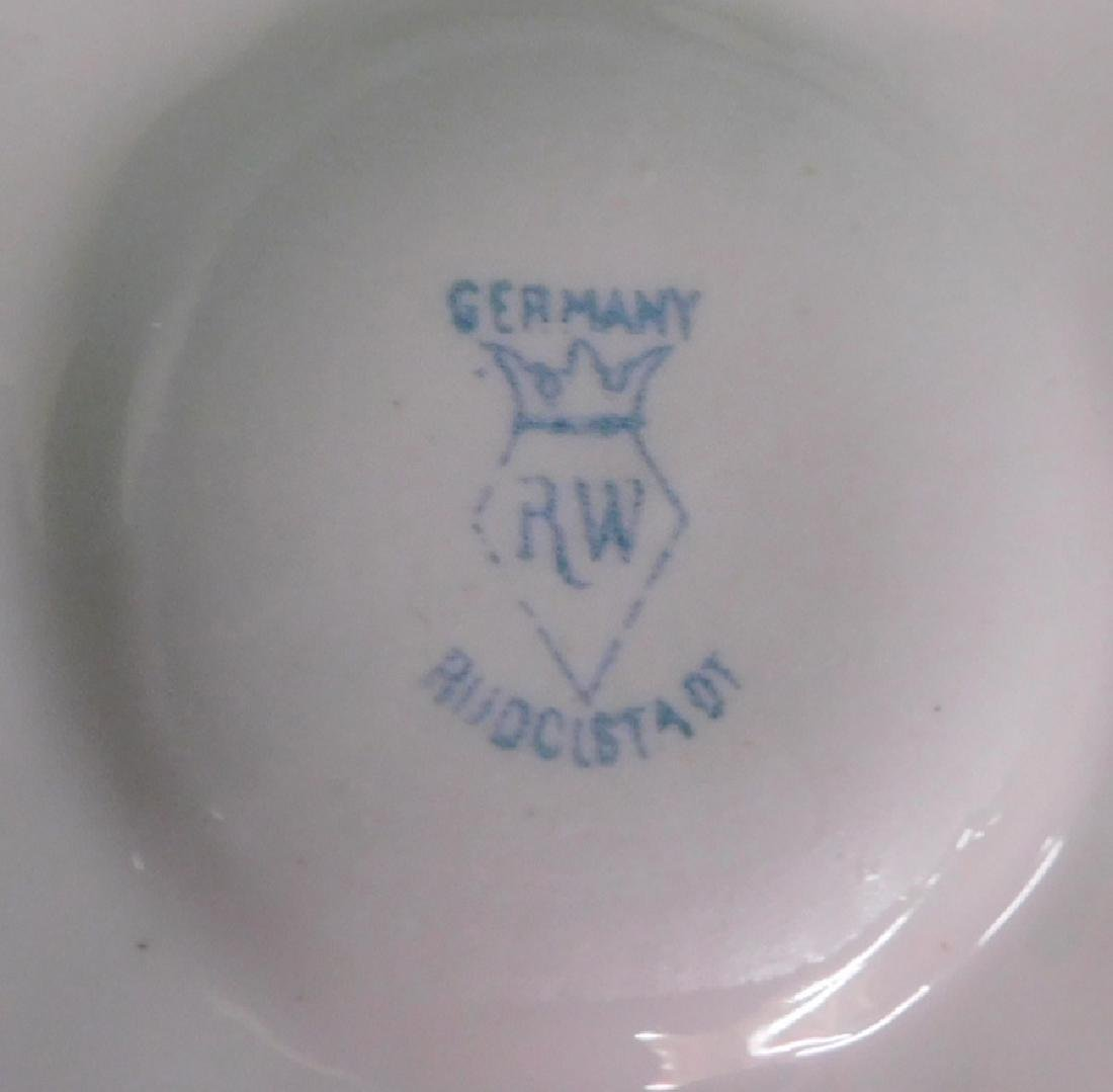 8 German oyster plates - 5