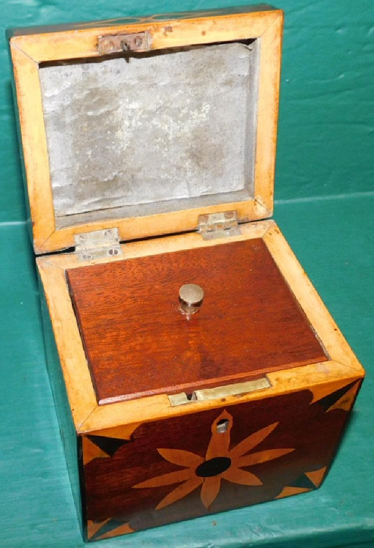 Square tea caddy with geometrical inlay - 2