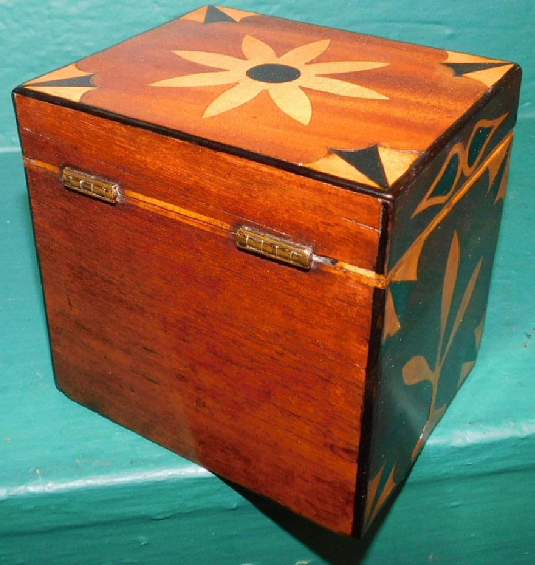 Square tea caddy with geometrical inlay - 3
