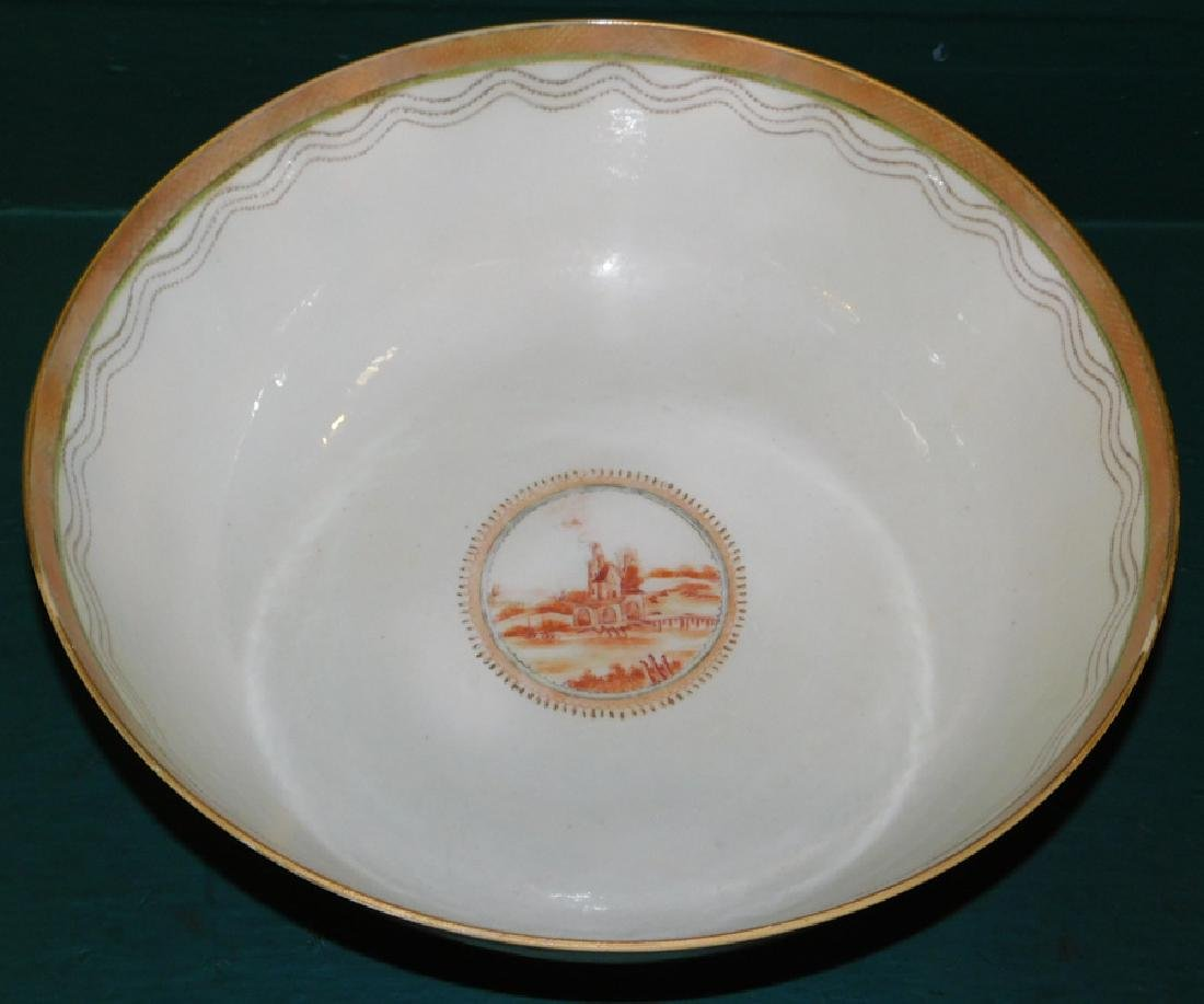 Mid 18th C Ching Dynasty Chinese export bowl - 2