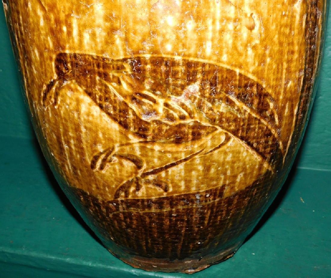 19th C slipware vase with bird motif - 2