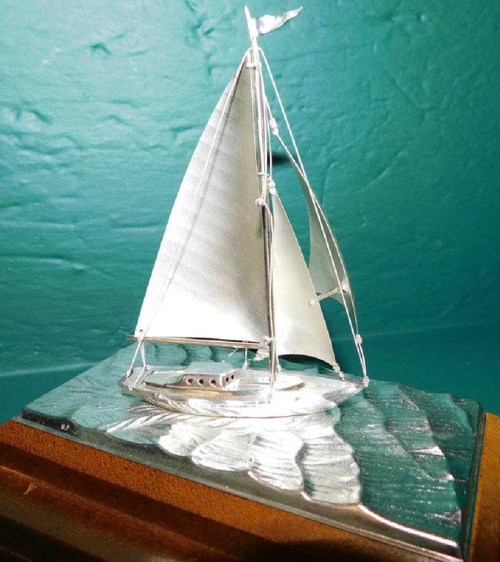 Sterling silver sailboat in case by Takehiko Seki - 3