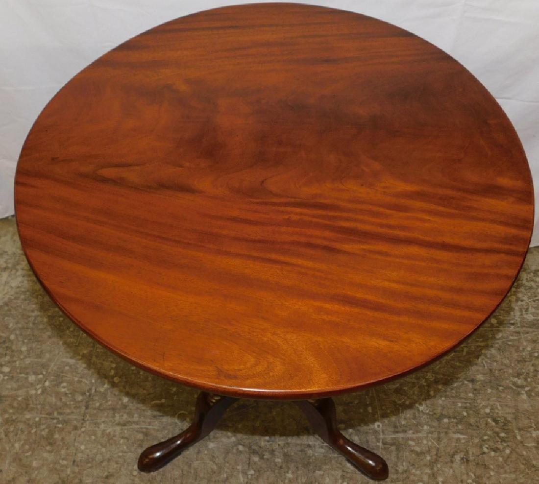 18th C mahogany Queen Anne tilt top table - 2