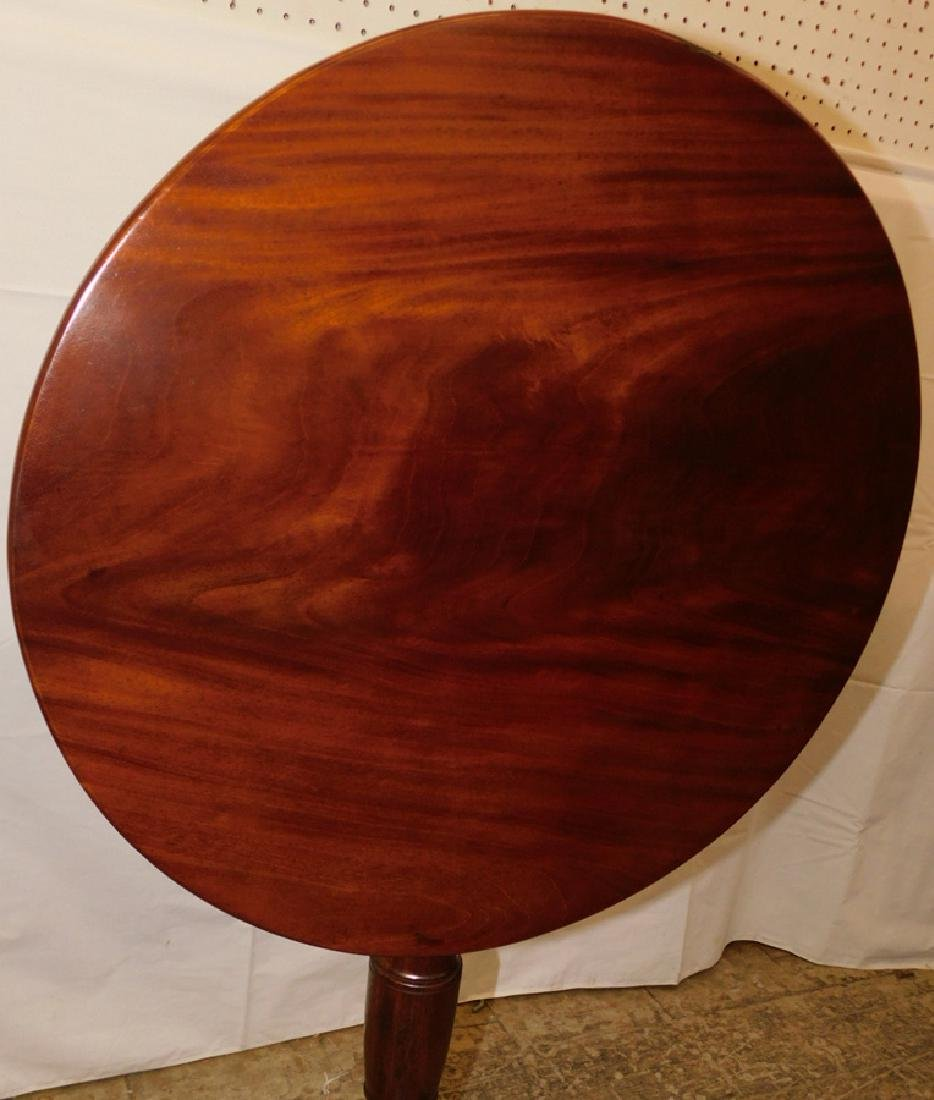 18th C mahogany Queen Anne tilt top table - 3