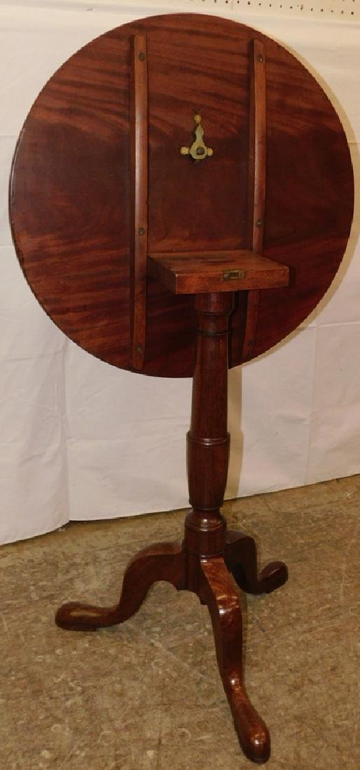 18th C mahogany Queen Anne tilt top table - 4