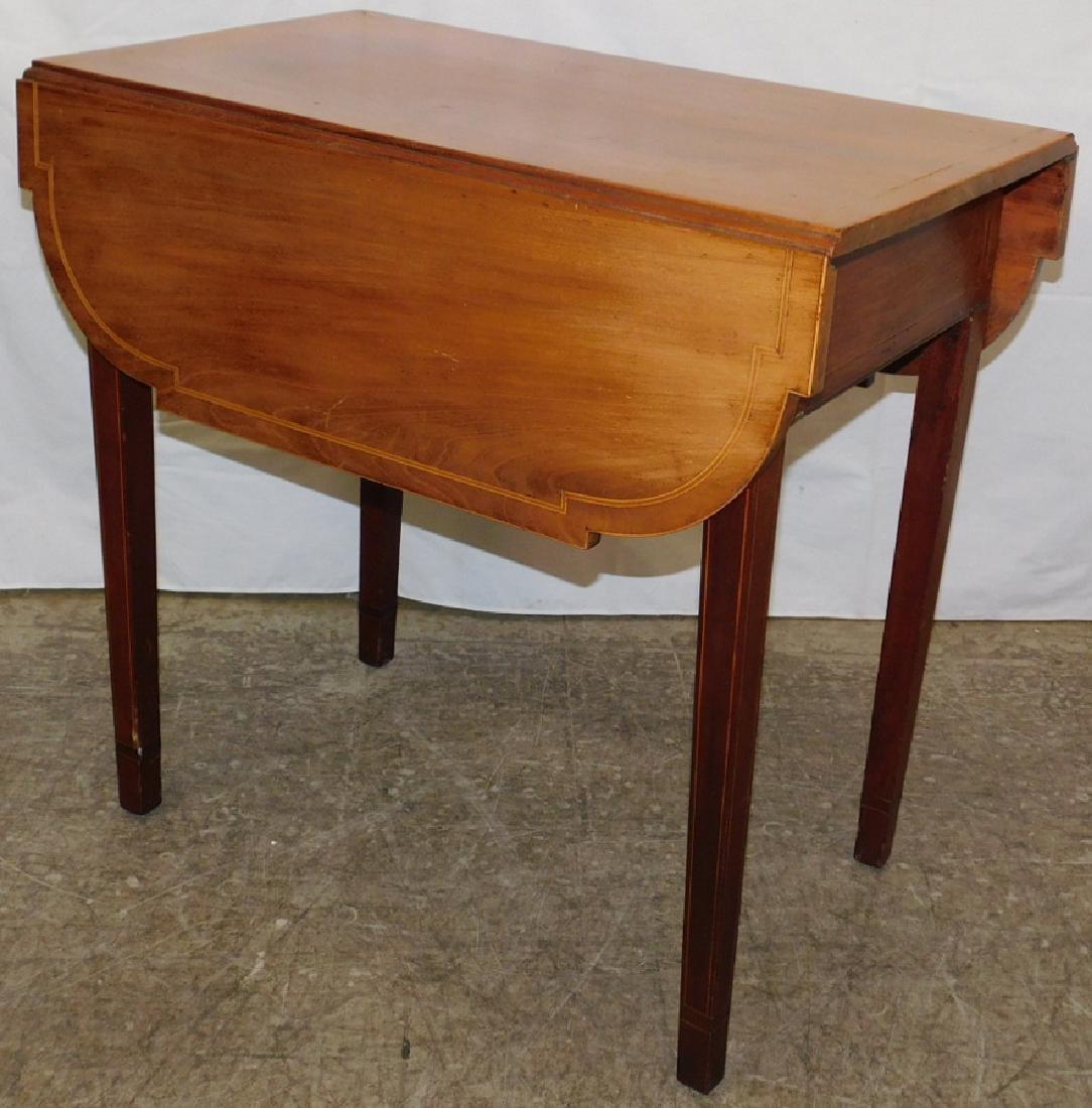 Hepplewhite mahogany inlaid Pembroke table