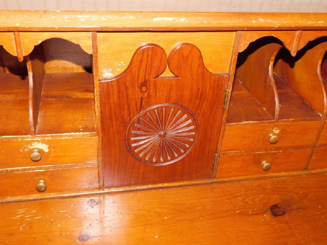 Pine slant front American desk - 3