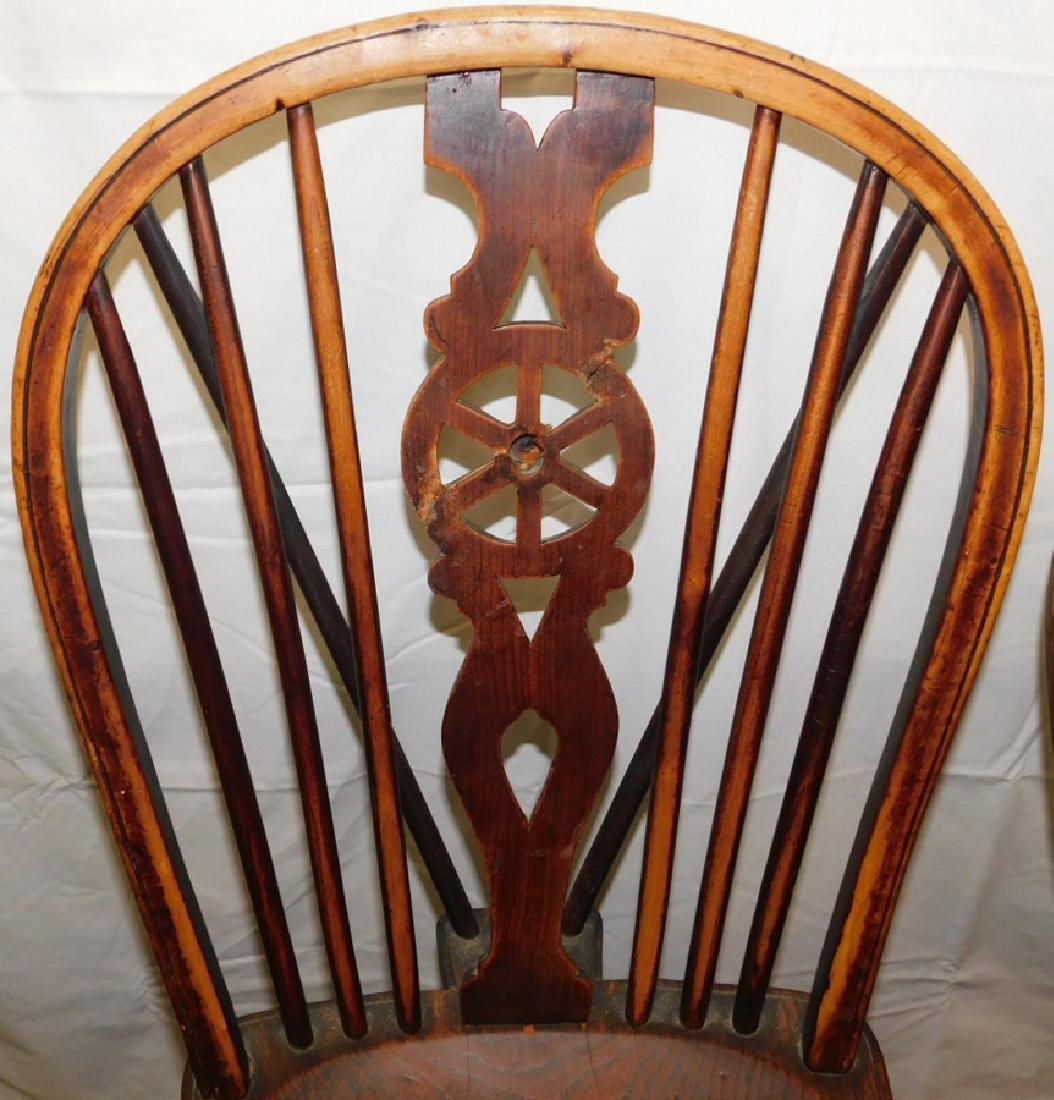 6 Windsor wagon wheel back elmwood chairs - 4