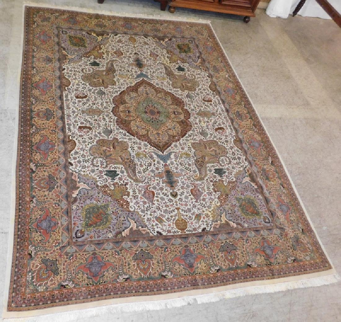 "Fine 9' 8"" x 13' 4"" handmade wool oriental rug"