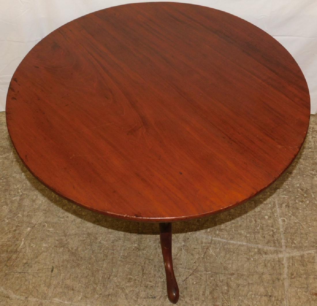 18th c Queen Anne mahogany tilt top table - 2