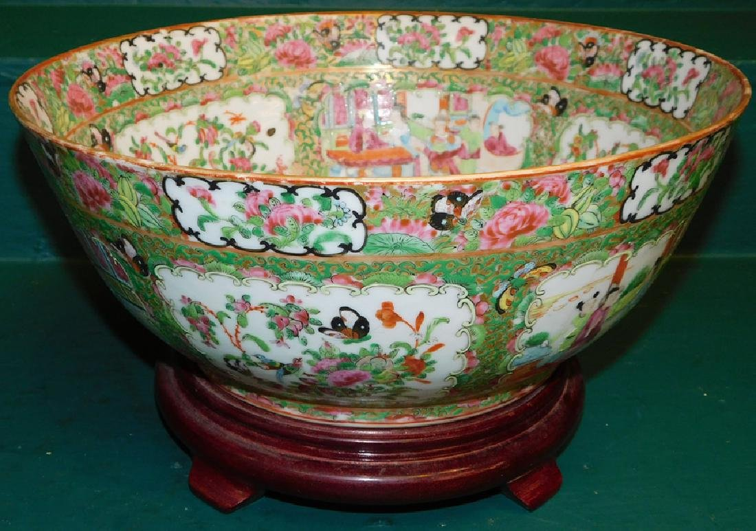 """19th C 13 1/2"""" Rose Medallion Bowl On Stand"""