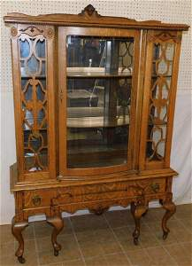 Antique Quartersaw Oak China Cabinet, (1 Glass Panel