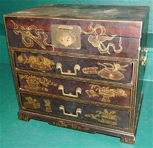 HP Lacquered Silver Chest W/ Carrying Handles