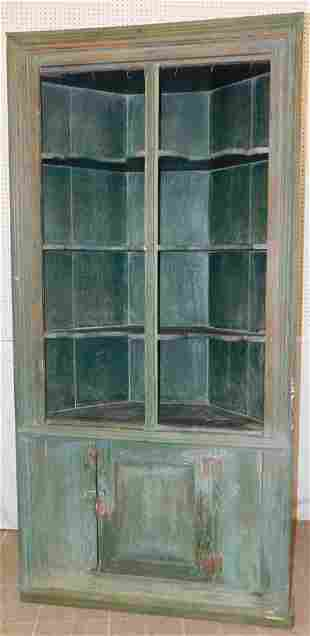 18th C Heart Pine Corner Cupboard W/ Shaped Shelves
