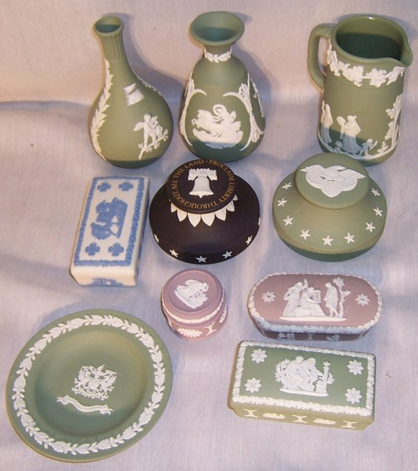 17: (10) Pieces Wedgwood
