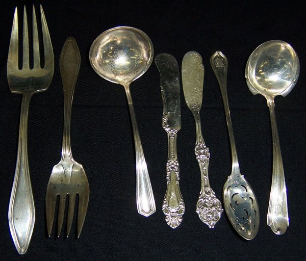 13: (7) Sterling miscellaneous pieces