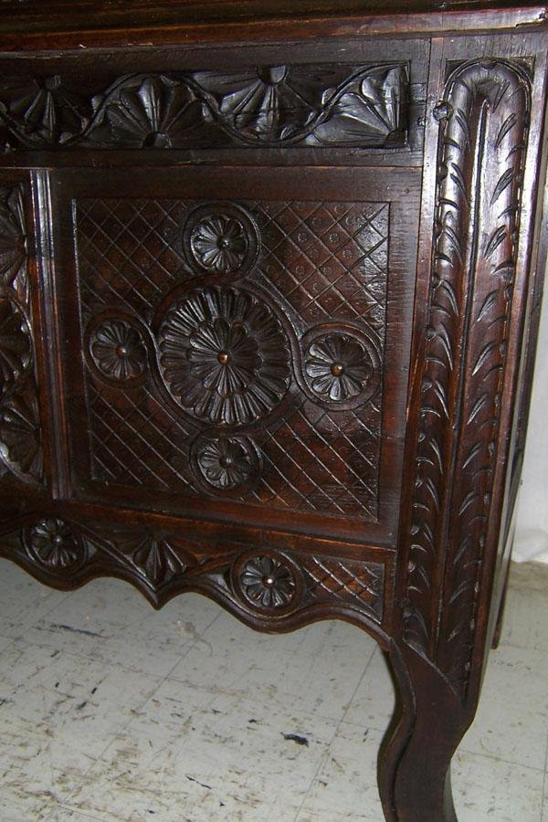 306: 18th century carved Jacobean style wall cupboard. - 3