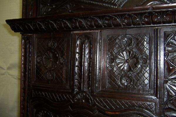 306: 18th century carved Jacobean style wall cupboard. - 6