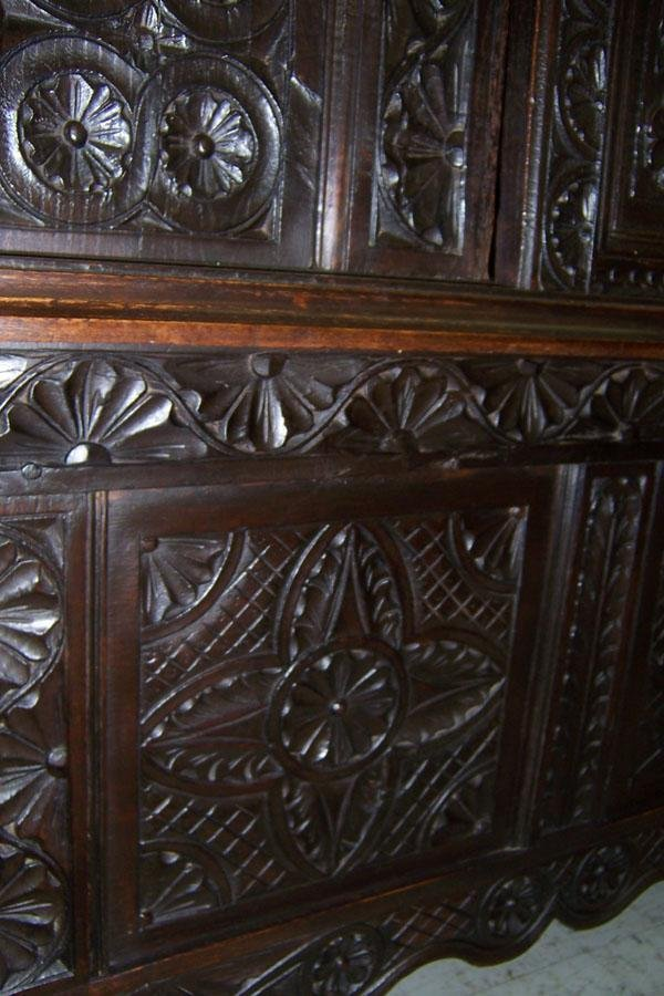 306: 18th century carved Jacobean style wall cupboard. - 8