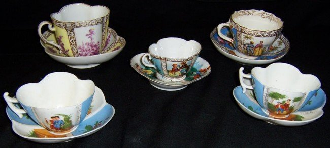 8: 4 Dresden and 1 Meissen cup and saucers