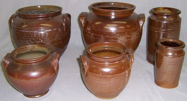 22: 6 pieces of English pottery.