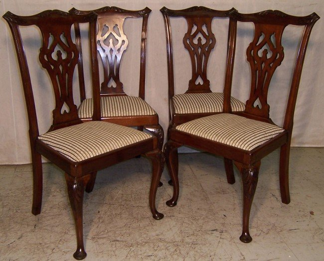 24: Set of (4) mahogany transition Chippendale chairs.
