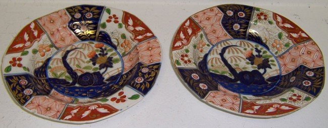 6: (2) early Spode bowls in Imari style.
