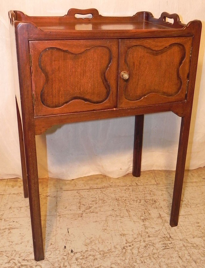 10: Mahogany 19th century commode.