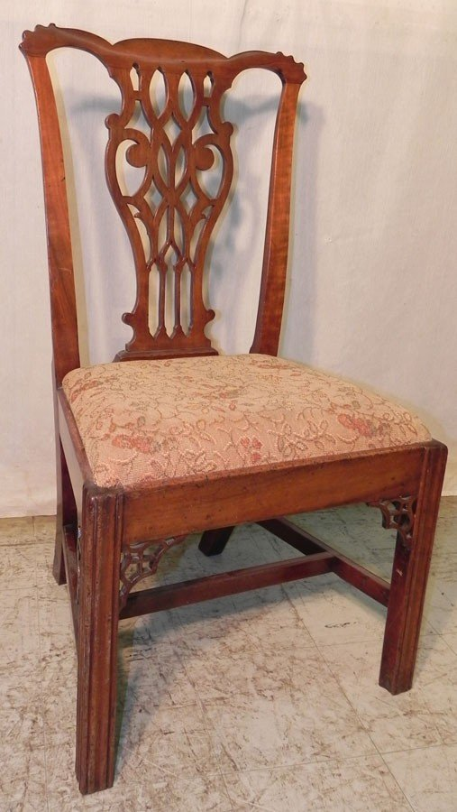 14: 19th century mahogany Chippendale side chair