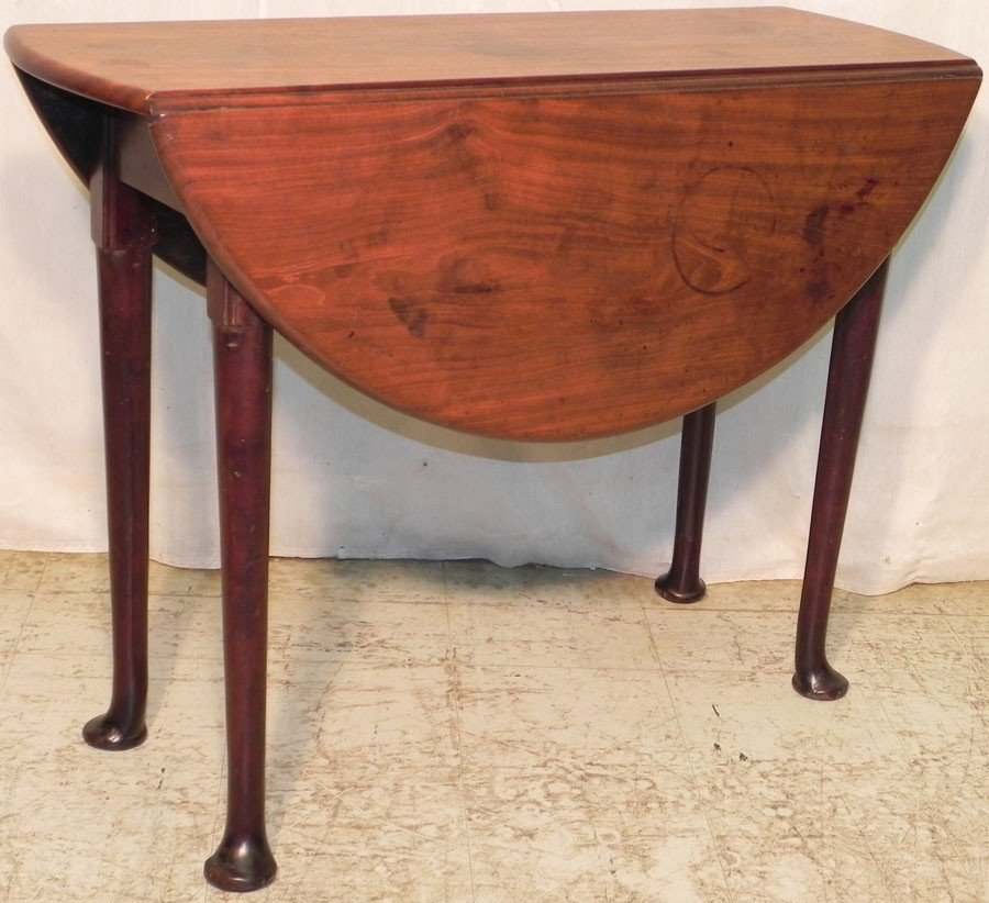19: 18th c mahogany Queen Anne Pembroke table.